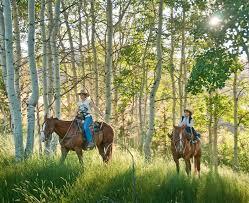 horseback riding in oregon scenic