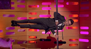 Watch Zac Efron hit the pole for Tom Cruise dance-off