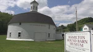 Historical Tour: Hamilton Round Barn