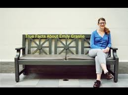 True Facts About Emily Graslie [of The Brain Scoop] - YouTube