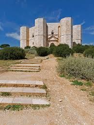Visit Castel del Monte, Puglia: mystery, history and architecture ...