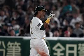 Rooting for Khris Davis to hit .247, and other weird stats, this ...