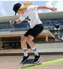 Alana smith | Skater girl outfits, Skate girl, Skater girls