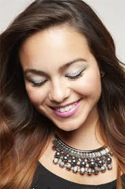trendy prom makeup ideas from
