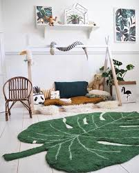 5 Fresh Nature Themed Wallpapers For Spring Petit Small In 2020 Kid Room Decor Toddler Bedroom Design Toddler Bedrooms