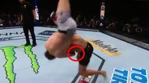 Ben Askren vs Robbie Lawler UFC 235 ...