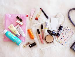 what s in my purse makeup bag