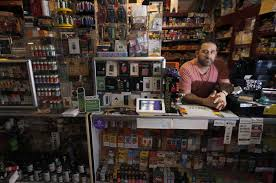 Vape shops in Los Angeles fear sales declines amid health crisis ...
