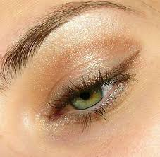 how to get a soft glam makeup look eye