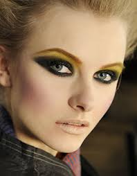 edgy makeup 2020 ideas pictures tips