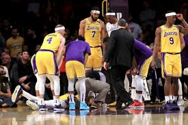 Lakers Rumors: Anthony Davis gets sacral contusion, will miss 2 ...