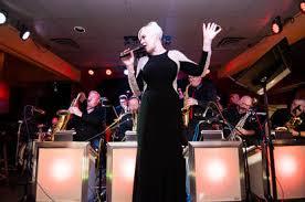 Julie Baker - JULIE BAKER VOCALIST JAZZ POP R&B CLASSIC STANDARDS