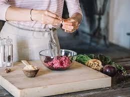 8 science backed benefits of nutmeg