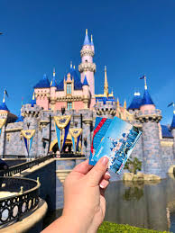 32 tips to do a disney vacation on a