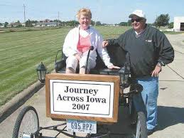 Local News: Couple makes Plymouth County part of horseless carriage tour  (6/12/07) | Le Mars Daily Sentinel