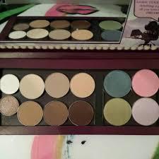 diva makeup queen palette in dream big
