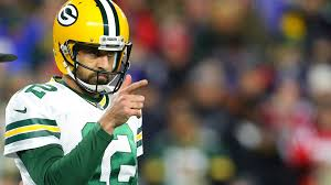Analyst Feels Aaron Rodgers Future at Green Bay Packers is Up to ...