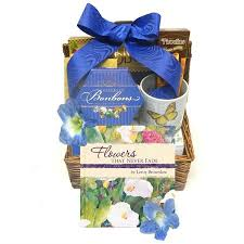 with fort sympathy gift basket