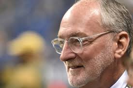 Notre Dame Athletic Director Jack Swarbrick Talks About His Values,  Principles & Leadership - One Foot Down