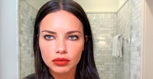 Victoria's Secret' Model Adriana Lima Posts An Unrecognizable Makeup-Free  Selfie For #RiseFromTheAshes