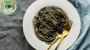 Spaghetti and Squid in Squid Ink Sauce ...