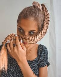Pin by Addie Campbell on HAIR in 2020 | Braided hairstyles easy ...