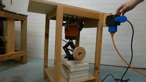 Homemade Router Table Diy With Swivelling Fence And Lift Youtube