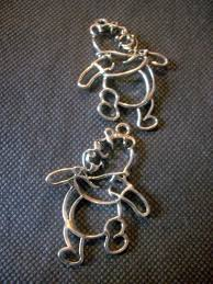 outline winnie the pooh silver pendant