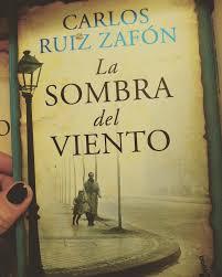 """Reseña de """"La sombra del viento"""" de Carlos Ruiz Zafón – Viviendo ..."""