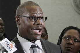 Illinois House expels Rep. Derrick Smith - Deseret News