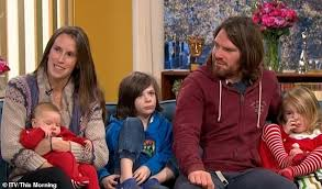 Off-grid family blasted for 'lazy parenting' defend their ...