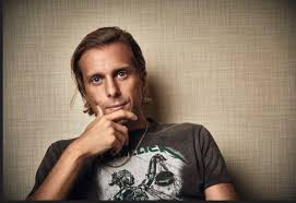 Aaron Bruno of Awolnation (With images) | T shirts for women ...