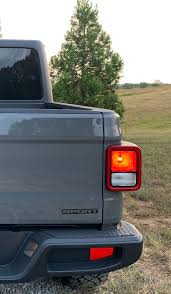 Anyone Thought About Removing The Tailgate Sport Decal Jeep Gladiator Forum Jeepgladiatorforum Com