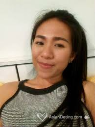 Mia 35 years old, White, 5 3 ,