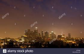 Tempo di notte panorama del centro cittadino di Los Angeles Foto ...