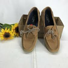 eye fabric closed toe boat shoes tan