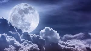 حكم بالانجليزي عن القمر أجمل العبارات والأقوال التي قالها