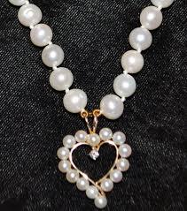 diamond heart shaped pendant necklace