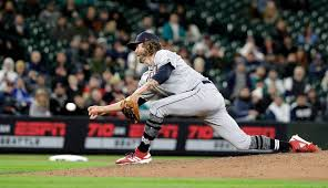 Puyallup's Adam Cimber pitching for Cleveland Indians | Tacoma News Tribune