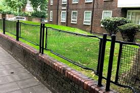 London S Stretcher Railings London England Atlas Obscura