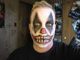 how to do scary clown makeup for