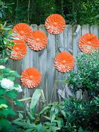 creative garden fence decoration ideas
