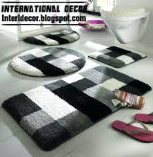 white bathroom rug transport info