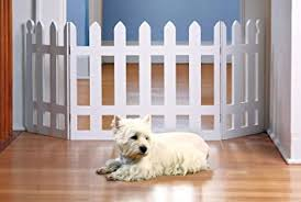 Amazon Com Zoogamo 3 Panel Wood Picket Fence Design Pet Gate 19 Inches Tall And Expands Up To 48 Wide Durable Lightweight Extra Wide Wooden Expandable Folding Home Indoor Outdoor Dog Fence