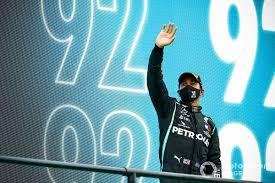 Hamilton gana en Portugal su carrera 92 en la F1; Pérez con remontada