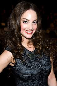 Alexa Ray Joel Collapses on Stage During Show | Hollywood Reporter