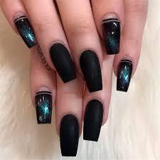 25 matte black nails you should try