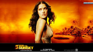 After The Sunset – Salma Hayek Looking Back Side Pose Wallpaper