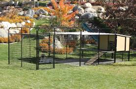 Kennel Castle Dog House And Run For Large Breed Dogs Or Multiple Dogs Dog Yard Dog Enclosures Outside Dog Houses