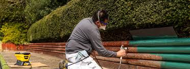 Paint A Wooden Fence With An Airless Sprayer Wagner